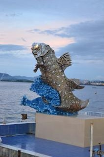 coelacanth sculpture