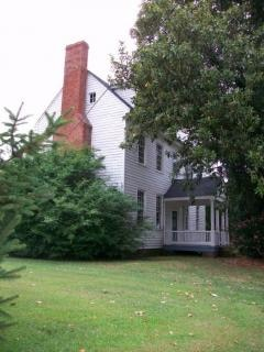 colonial house  home