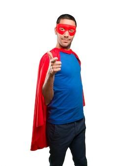 Прохладный указатель супергероя