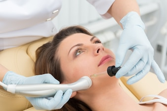 Cosmetic injection procedure
