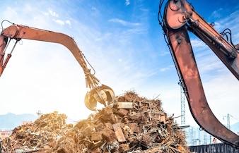 Crane grab scrap