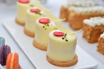 Creamy decorated desserts