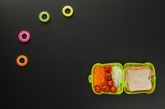 Creative arrangement of lunch box