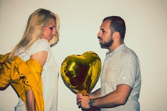 Declaration of love with a balloon