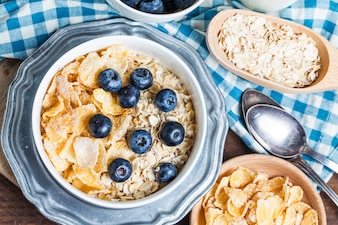 Delicious breakfast with cereals and blueberries