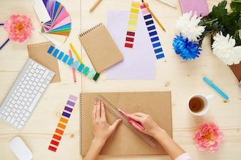 Designer creative pattern hand paper