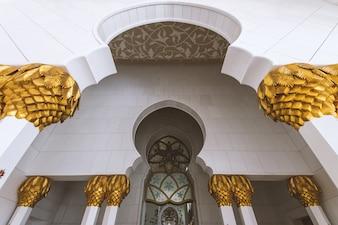 アブダビ(アラブ首長国連邦)のシェイクザイードモスクの詳細