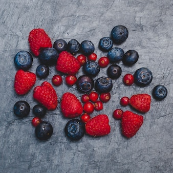 Elegant red fruits composition