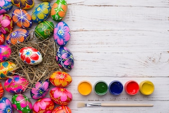 Fantastic easter eggs with five paint jars