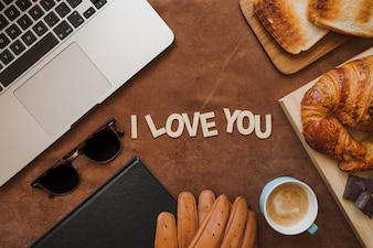 Father's day composition with breakfast and beautiful message