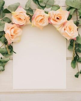 花のフレームとテンプレート