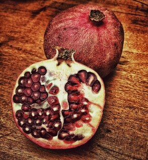 fruit pomegranate apple