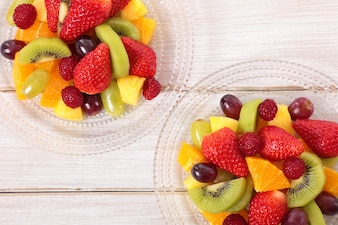 Fruit salad mixed with fresh fruits