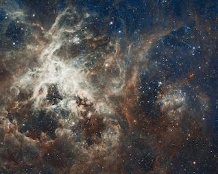 galaxy doradus tarantula nebula star ngc
