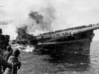 go bombing capsize attack fluzeugtraeger
