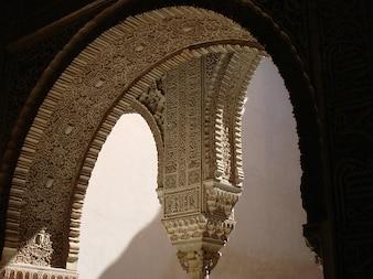granada archway architecture alhambra spain