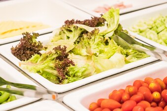 Green steel ingredient material salad