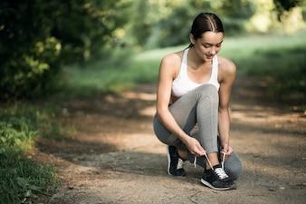 ジムガールジョギングフィットネスガジェット自然