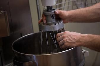 Hand adjusting dough machine