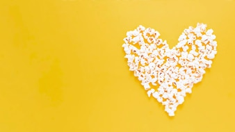 Heart of popcorns