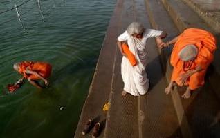 Helping hands, hindu