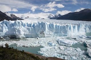 icy argentina glacier bay ice