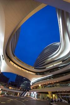 Illuminated modern exterior fluent real