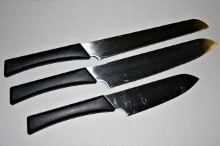 Knives, sharp