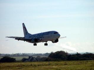 Landing Boeing Airline