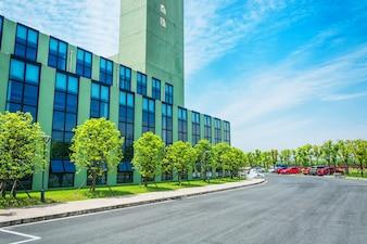 Low-rise building