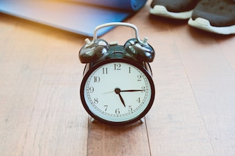 Management white timer antique one watch