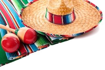メキシコのソンブレロとマラカス