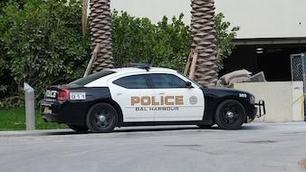Miami police florida auto road park