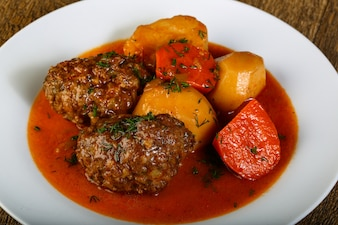 Minced meat balls with potato