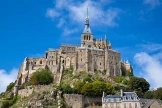 Mont saint michel  cliff