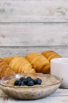 Mush with grapes and croissants