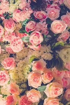 自然のバレンタイン植物の花の女性