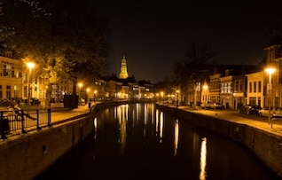 Night at the canal
