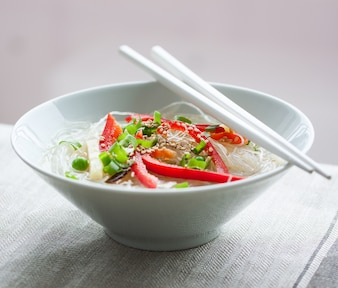 Noodles with red peppers and sesame