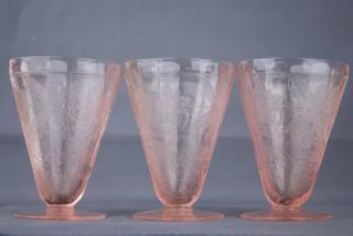 Pink Depression Glass, vintage