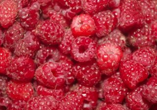 Raspberries , natural