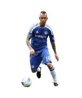 Raul Meireles , Chelsea Premier league