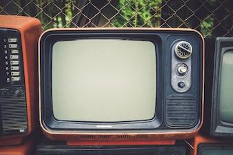 レトロ古いテレビヴィンテージ色調の効果スタイル。レトロな技術。