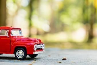 レトロおもちゃの車の詳細