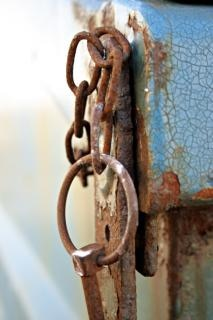 Rusted chain rings