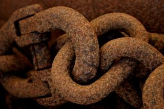 Rusted Chains, iron