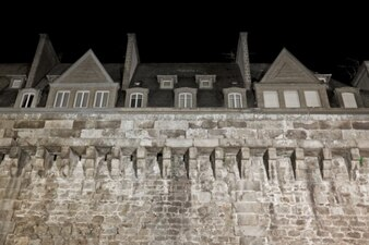 saint malo historic walls