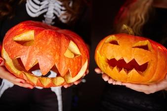 Satan haunt devil pumpkin smile