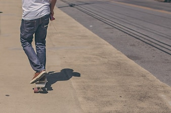 Skater shadow