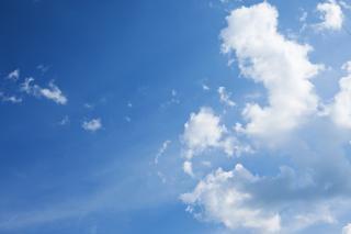 Sky, sunny, moisture